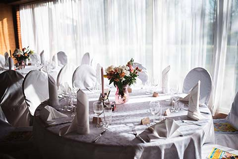 Kurtna_pulmad_toitlustus